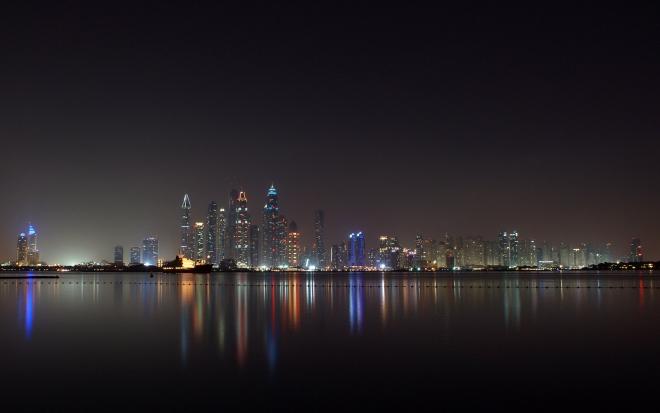 Dubai At Night (Oceana Beach)