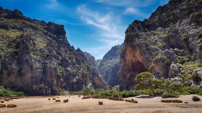 Mallorca Mountains No. 3 (HDR)