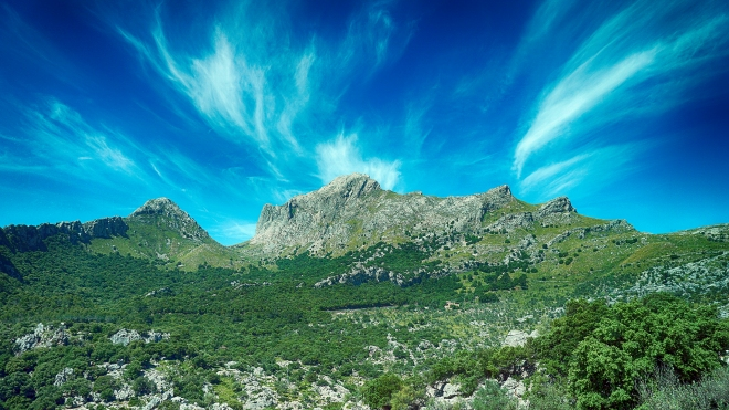 Mallorca Mountains (HDR)